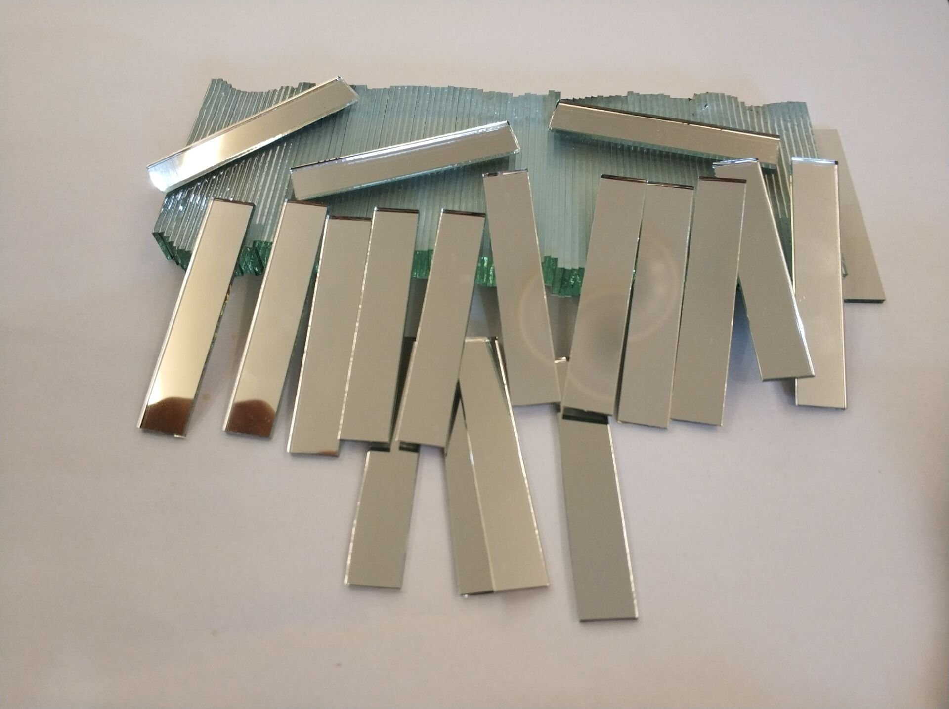 RUIXUAN 3/8x2inch Small Glass Rectangle Craft Mirrors Bulk 120 Pieces Mosaic Tiles
