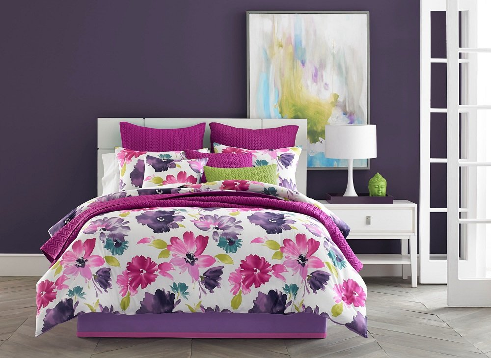 Five Queens Court Mia King Coverlet, Fuchsia by Five Queens Court