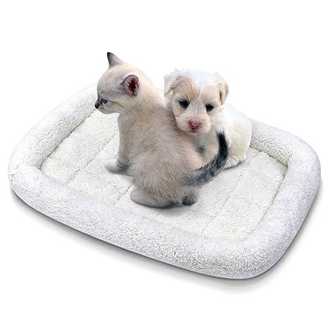 Amazon.com: Insten - Cama plegable de forro polar suave para ...