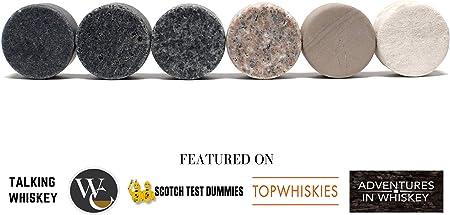 Set de Regalo de Piedras Refrigerantes para Whisky - 6 Piedras de Granito, Hechas a Mano - 2 Vasos de Cristal de Calidad Superior - Elegante Bandeja de Madera Noble - Caja de Regalo Adornada con Oro