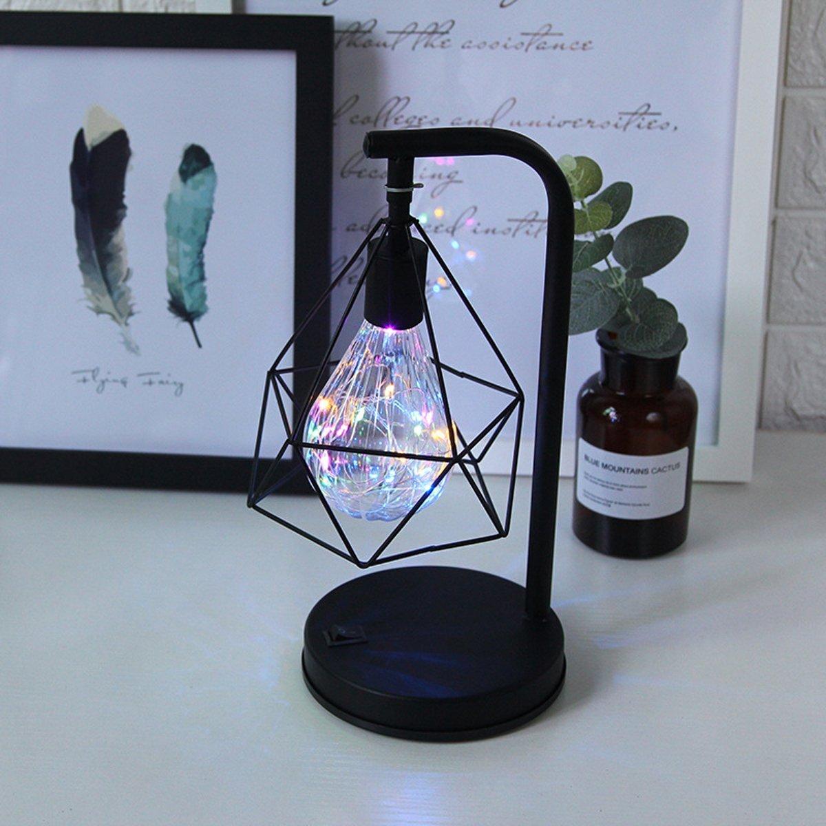 Lumi/ère Blanc /à piles Lampe de table d/écorative,SUAVER R/étro Atmosph/ère Lampe,Lampe de bureau en m/étal Forme de diamant Ampoule lampe de table lumi/ère de nuit d/écoration lampe cadeau jouet