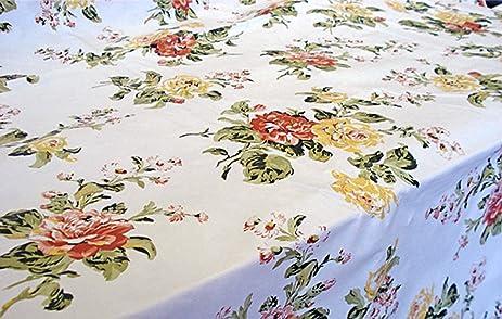 Savoy Garden Vinyl Tablecloth, 70 Inch Round