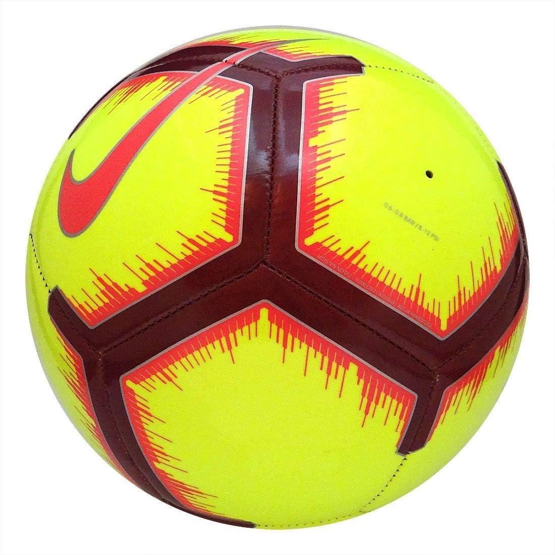 Nike Fußball Pitch - Nike Fußball