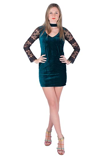 f654f50508bd Ezor Women s Dark Green Choker Neck Velvet Bodycon Dress  Amazon.in ...