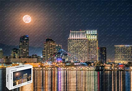 Amazon Com 1000 Piece Jigsaw Puzzle The Full Moon Rising Over The Downtown San Diego Skyline Wooden In A Box Famous Paintings Mural Decoration 29 5 X 19 6 Inch Toys Games