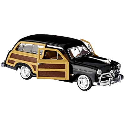 Motormax 1/24 Scale 1949 Ford Woody Wagon, Black.: Toys & Games