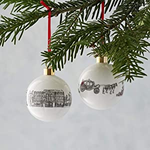 Royally British Ornament - Fine Bone China Bauble - Made in Britain featuring the Queen and Buckingham Palace