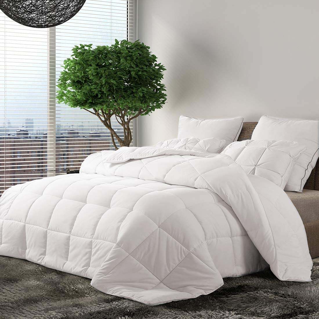 "INGALIK Down Alternative King Bed Comforter,Summer Cool,Fluffy,Ultra Soft Quilted Duvet Insert with Corner Tabs,Lightweight,Machine Washable,All-Season,Hypoallergenic,White (King,102""x90"")"