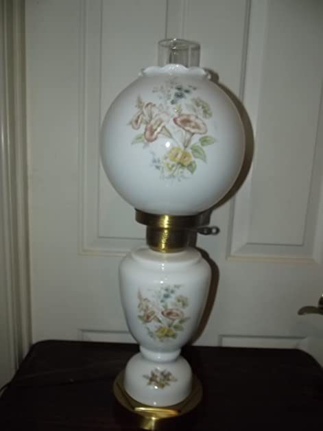 Gone With The Wind Hurricane Parlor Lamp   3 Way Light Up   Electric