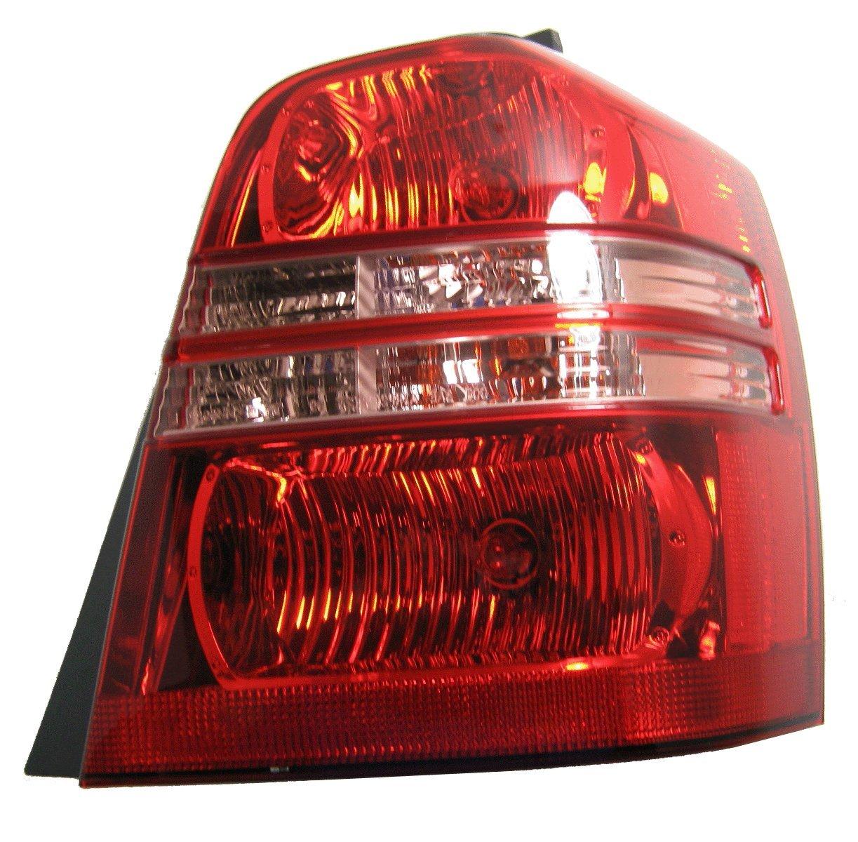 Amazon.com: TOYOTA VAN HIGHLANDER TAIL LIGHT RIGHT (PASSENGER SIDE)  2001-2003: Automotive