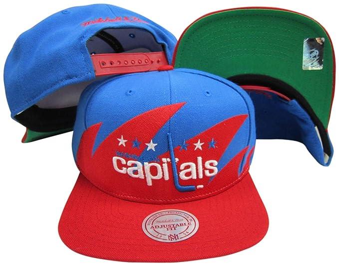 Amazon.com  Mitchell   Ness Washington Capitals Snapback Adjustable ... 8d8366d8147