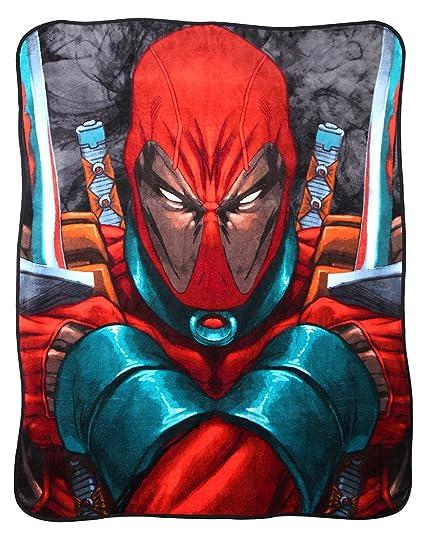 Marvel Deadpool Manta de cuchillos: Amazon.es: Hogar