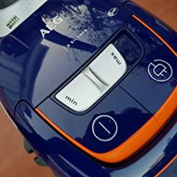 AEG VX8-3-DB-M Aspirador con bolsa, A+BAA, 600W, 61dB, 12m radio ...