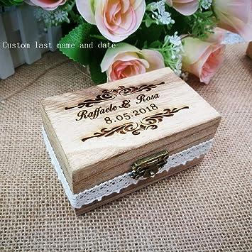 Tyro personalizado sus nombres y fecha grabado de madera caja de anillo de boda con corazón personalizado regalo rústico anillo de boda Bearer Box: ...