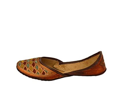 ea6c52ec12fe Image Unavailable. Image not available for. Color: Handcrafted Women's  Artisan Indian Slippers Womens Flat Shoes Brown