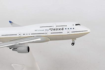 Amazon com: HERPA Wings 531306 United Boeing 747-400 '747