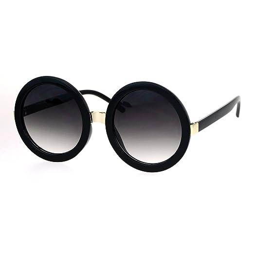 15f820da7cbe Amazon.com: Womens Thick Plastic Round Circle Lens Mod Designer Sunglasses  Black Smoke: Clothing