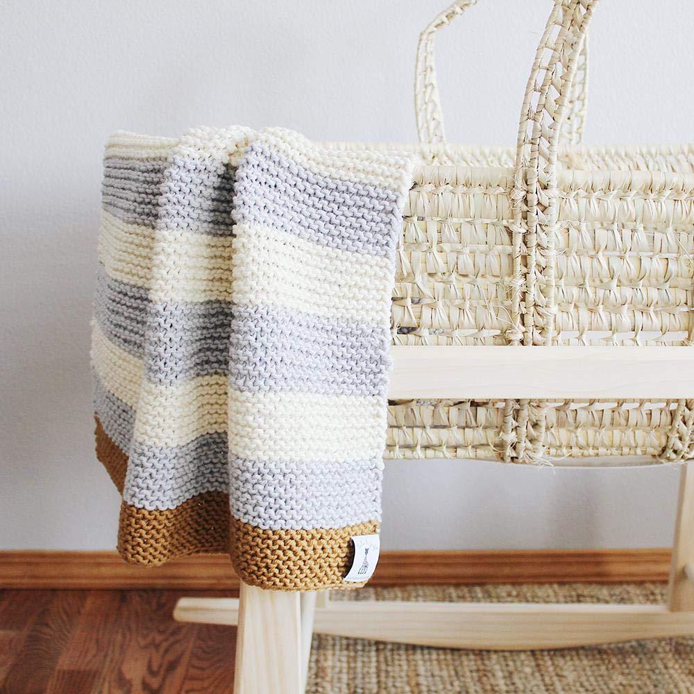 Stitch /& Story Sophie La Girafe Sleepy Baby Blanket Knitting Kit Natural White//Dove Grey//Tan