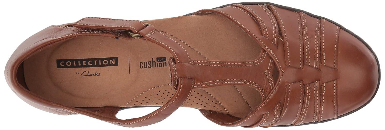 6d8dd66ccbac Amazon.com  CLARKS Women s Wendy Alto Fisherman Sandal  Shoes