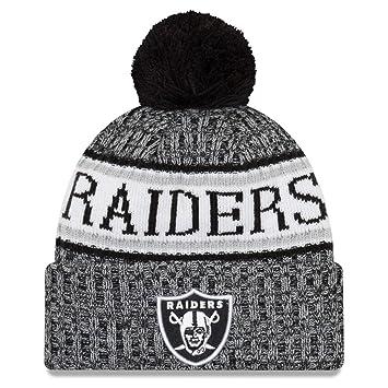 New Era NFL Sideline 2018 Bobble Beanie Oakland Raiders  Amazon.co ... 421a80389