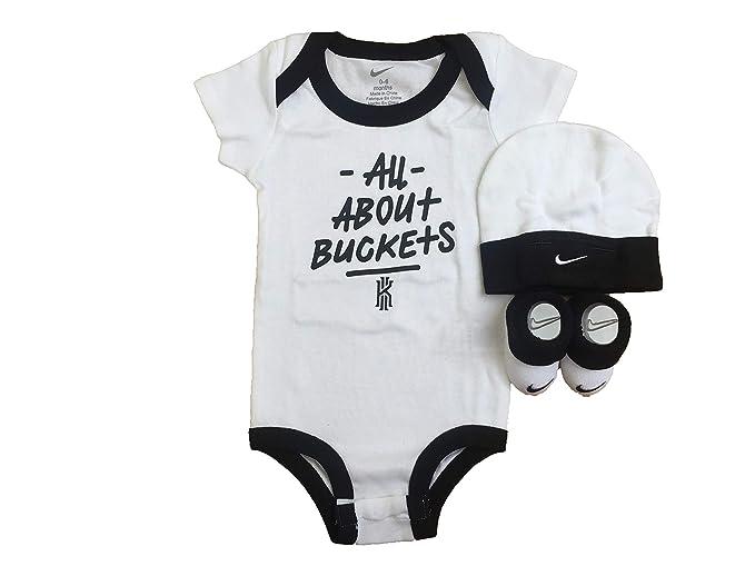5640f7ec518dd Nike Baby Boys' 3-Piece Layette Set