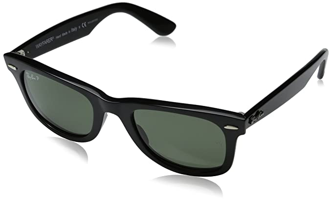 8a93af1060994 Amazon.com  Ray-Ban Wayfarer - Black Frame Crystal Green Polarized ...