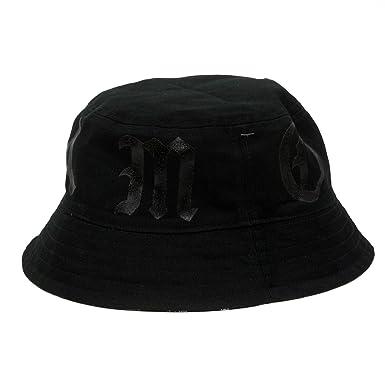 609f9adcb91 Famous Stars   Straps Namesake Reversible Bucket Hat  Amazon.in ...