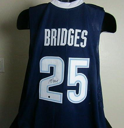 purchase cheap 2ac43 63844 Amazon.com: Mikal Bridges autographed signed Villanova ...