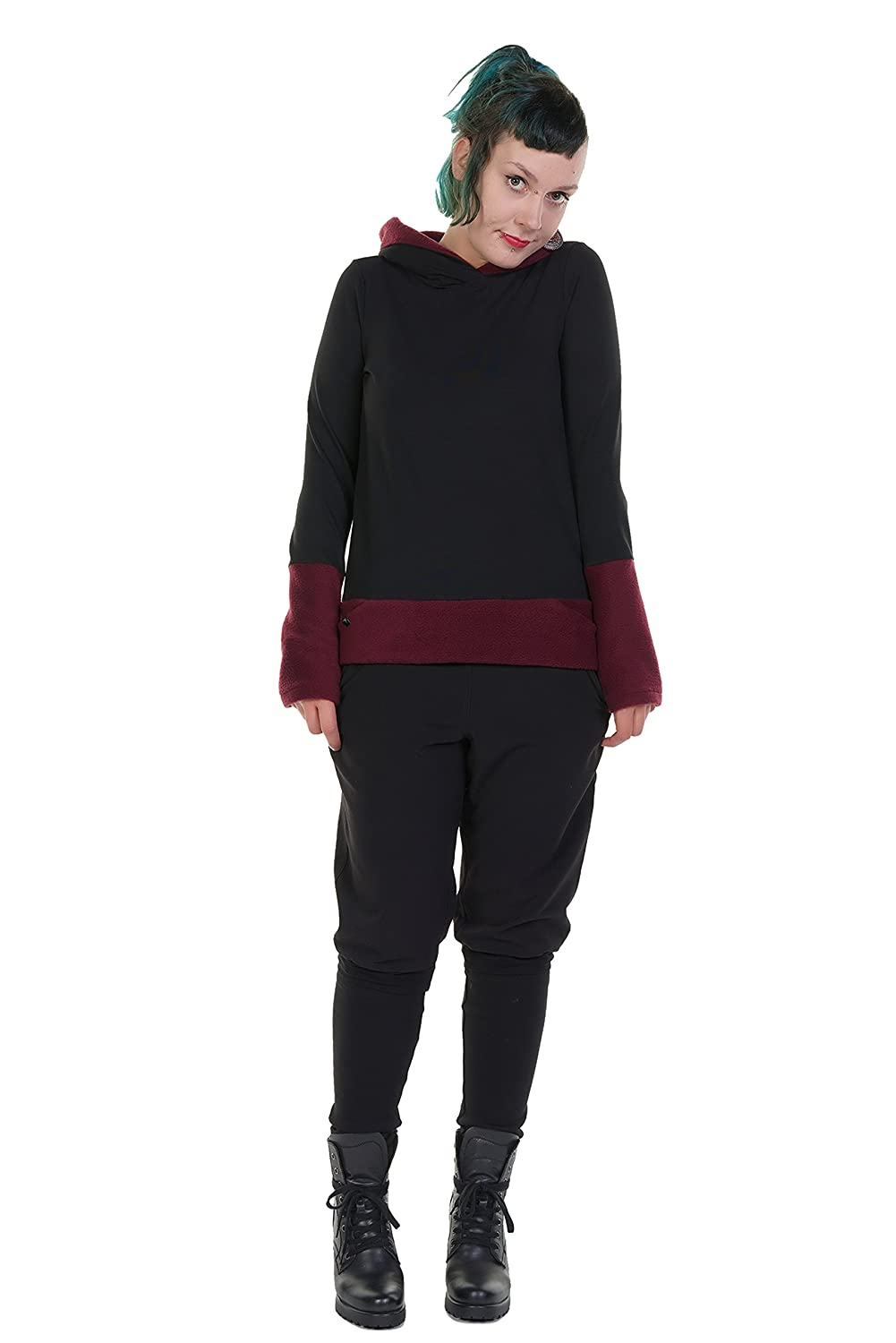 5bd3e2e8217 3Elfen Hooded Pullover Winter Magic for Woman Black with Cuffs Made in  Berlin: Amazon.co.uk: Clothing