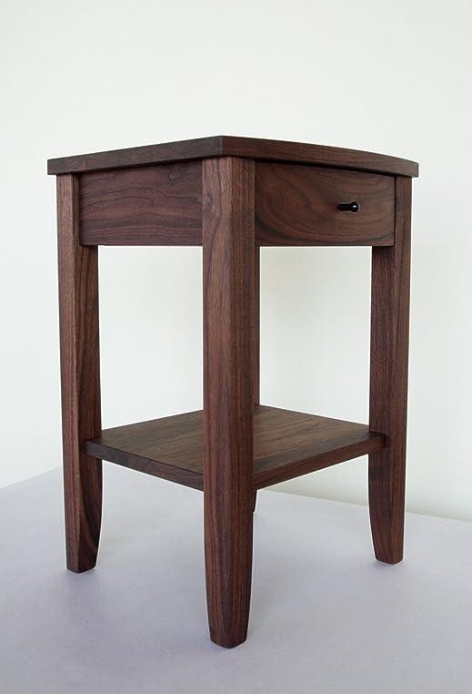 nachttisch nussbaum massiv cheap kleiner block couchtisch couchtisch teakholz teak massiv holz. Black Bedroom Furniture Sets. Home Design Ideas