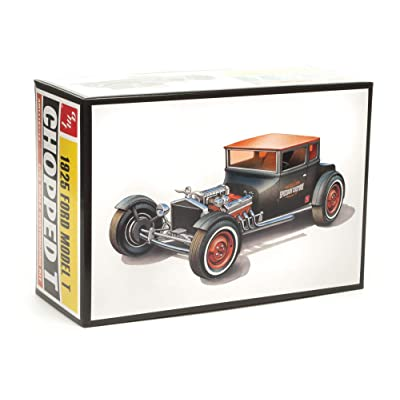 AMT 1925 Ford T Chopped 1:25 Scale Model Kit: Toys & Games