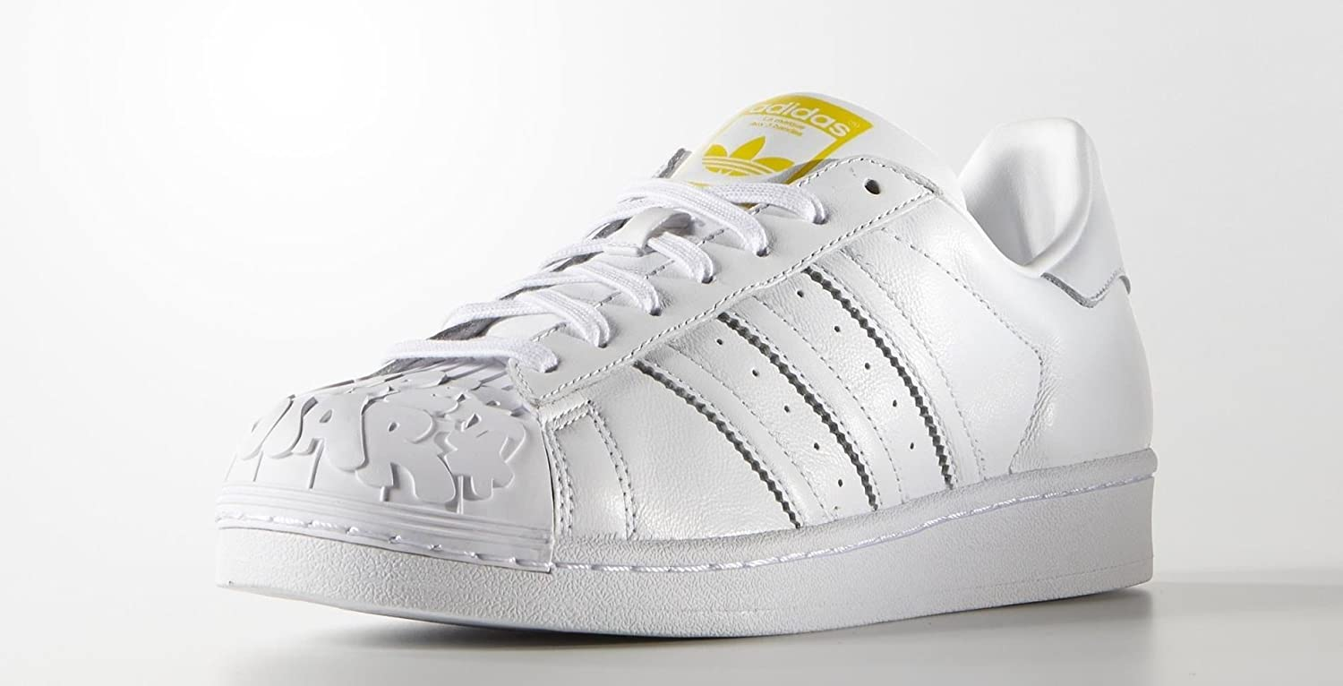 detailing 2216f 8f0a2 Amazon.com   adidas Men s Superstar Pharrell Williams Supershell Shoes (10,  Running White FTW Running White FTW Gold Metallic (S83349))   Skateboarding