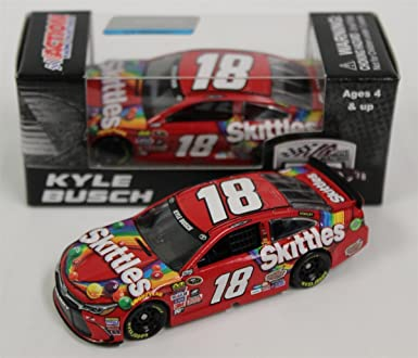 Amazon Com Lionel Racing Kyle Busch Skittles Toyota