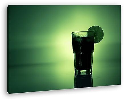 Cóctel en luz verde leuchtenden como Lienzo, diseño ...