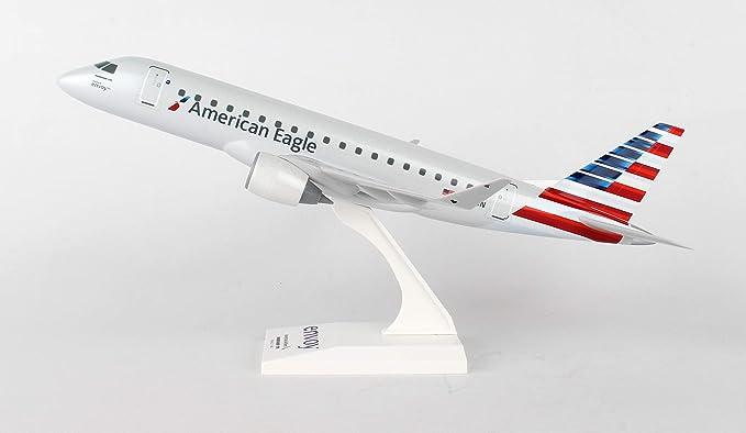 Amazon com: Skymarks American Envoy E175 1/100 SKR902: Toys