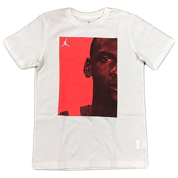 276320a7f4f Amazon.com  Jordan Boy s Graphic Print Short Sleeve Crewneck Shirt ...