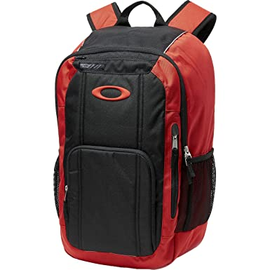 fc3a3f0b0 Amazon.com | Oakley Enduro 25l 2.0 Accessory | Casual Daypacks