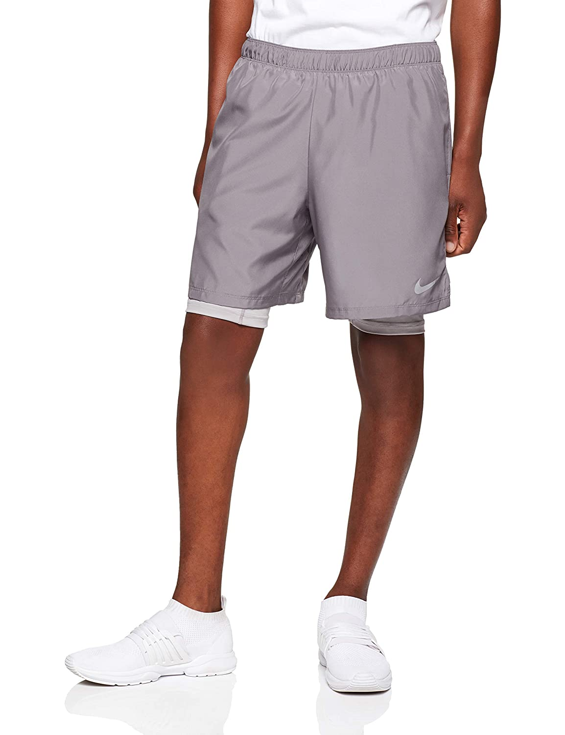 c17b3bf87ee NIKE Men s Challenger 2 in 1 Shorts at Amazon Men s Clothing store