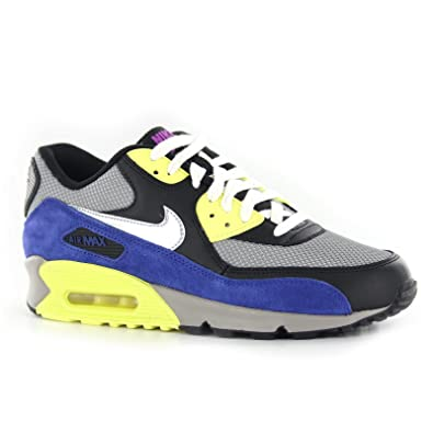 nike air max trainers size 4.5