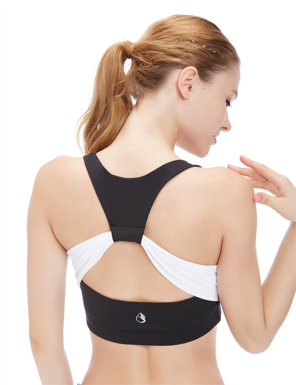 icyzone Women's Activewear Fitness Moving Comfortbal Racerback Sports Bras (M, Butterfly Back)