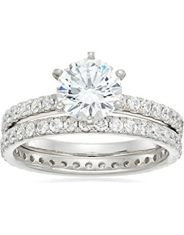 dd7be923aeaabf Platinum or Gold Plated Sterling Silver Round Ring Set made with Swarovski  Zirconia