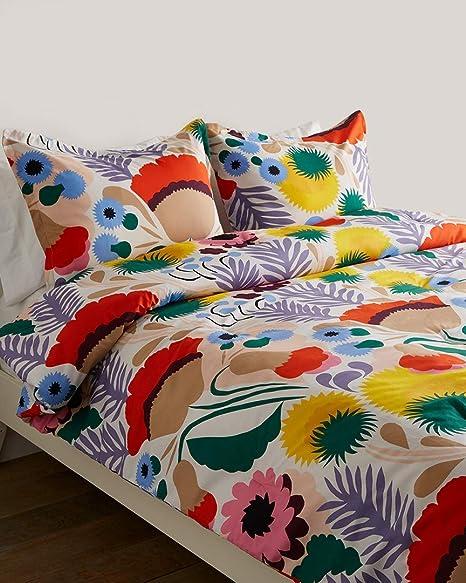 Amazon Com Marimekko 221430 Ojakellukka Comforter Set Twin Multi Home Kitchen