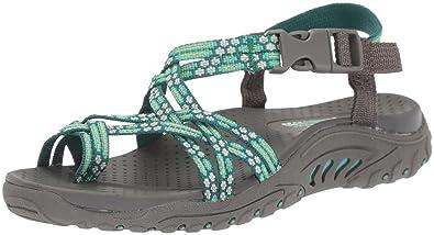 525947ccb1f3 Amazon.com  Skechers Women s Reggae-Loopy Sandals  Skechers  Shoes