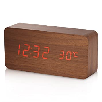 Reloj Digital YOKKAO, Reloj Despertador con 3 Alarmas Programables y con Indicador de Temperatura y Sensor de Sonido Diseño Estilo Madera