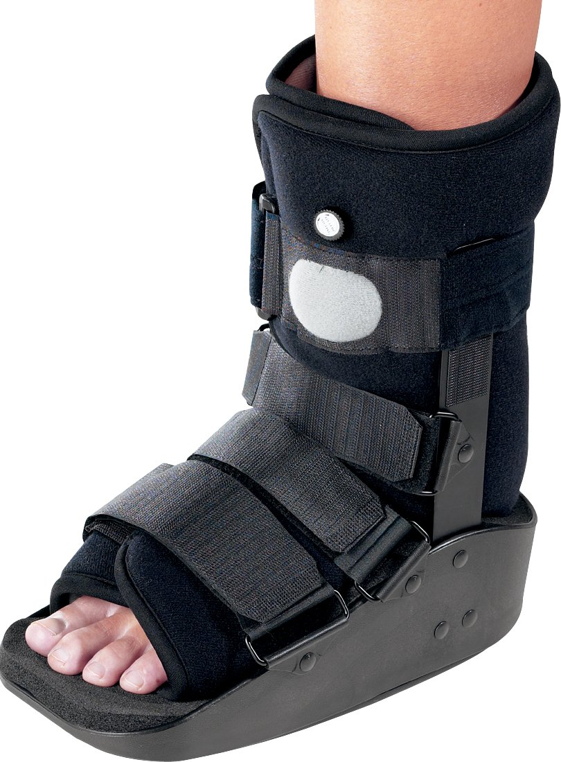 DonJoy MaxTrax Air Ankle Walker Brace / Walking Boot, Large by DonJoy
