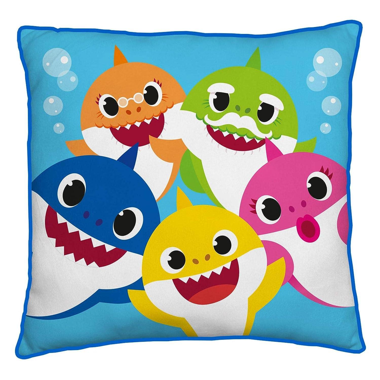 blu 40 x 40 cm Cuscino quadrato ufficiale Baby Shark licenza ufficiale super morbido a due lati perfetto per qualsiasi camera dei bambini o camera da letto