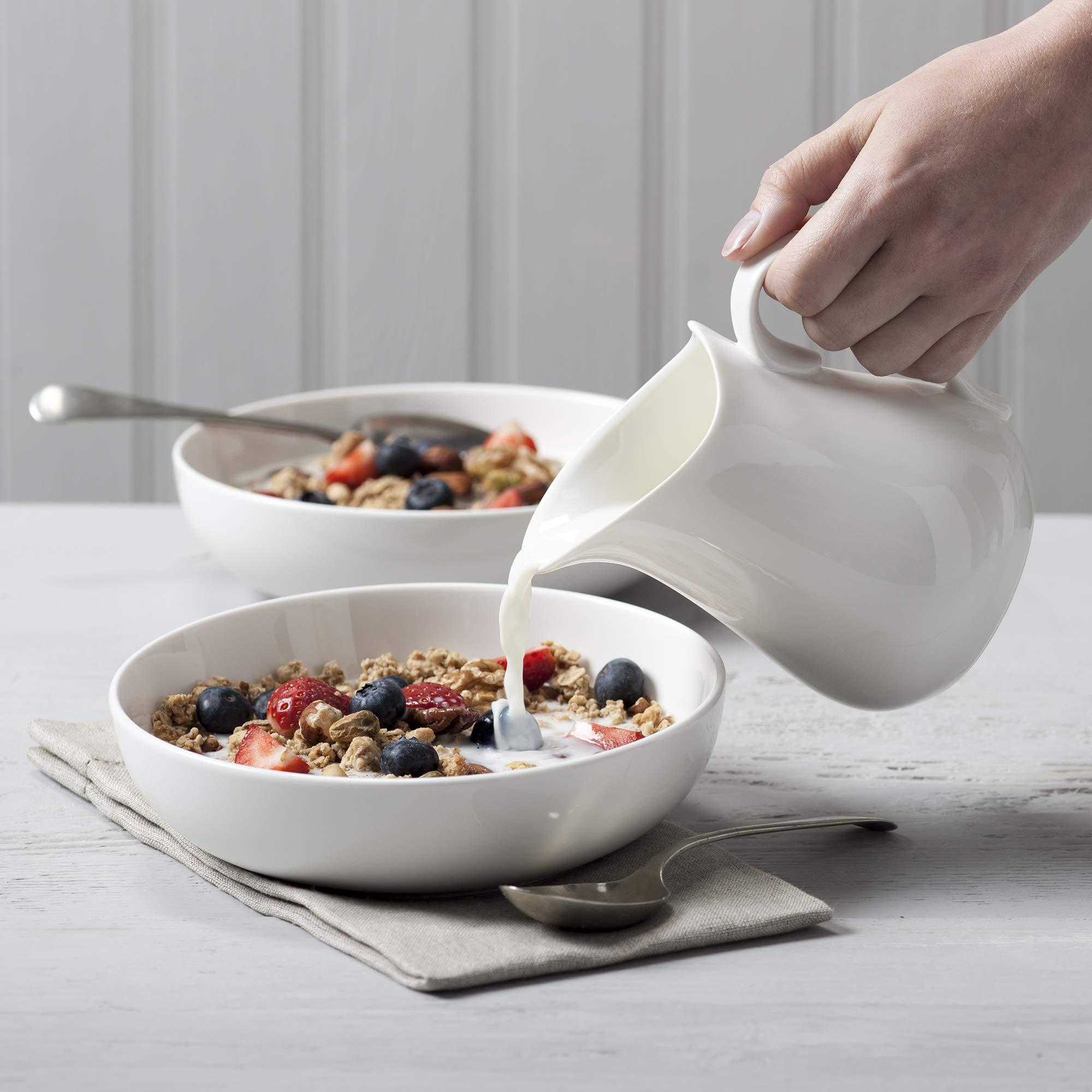 Wm Bartleet /& Sons White Porcelain Traditional Jug 450 ml /¾ pint