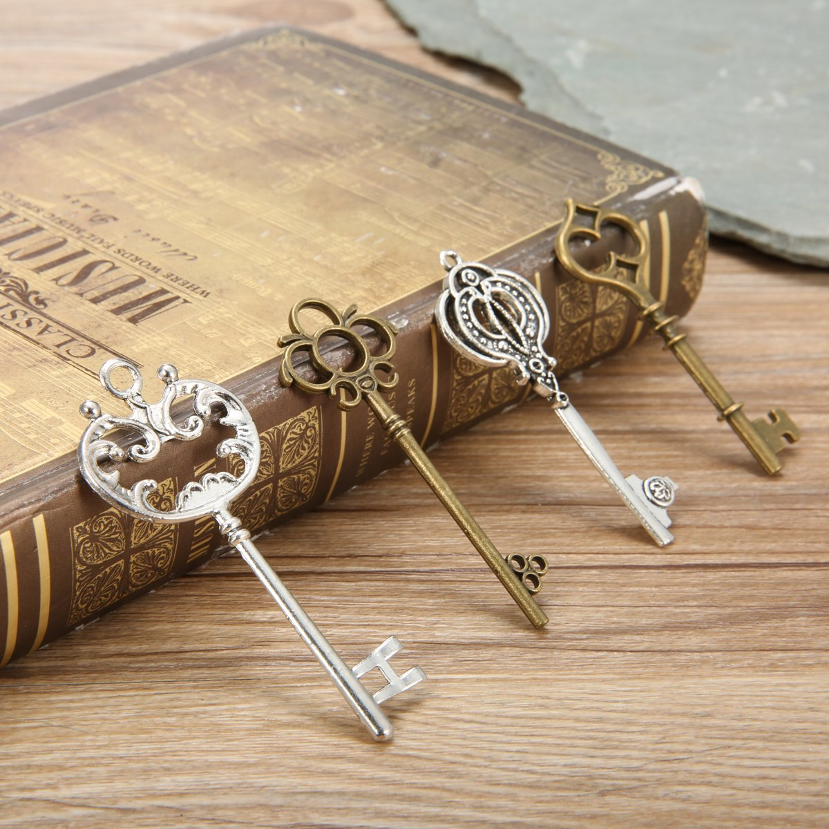Jeteven 80pcs Vintage Skeleton Key Charm Set with 5m Leather Rope and 5m Chain Necklace Bracelets Pendants Jewelry DIY Making Supplies Wedding Favors