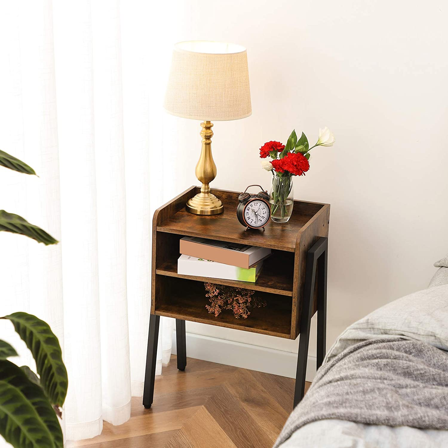 HOOBRO End Table, Stackable Nightstand, 3 Tier Side Table for Small Spaces with 2 Open Front Storage Compartments, Wood Look Accent Table with Metal Frame, Rustic Brown BF02BZ01