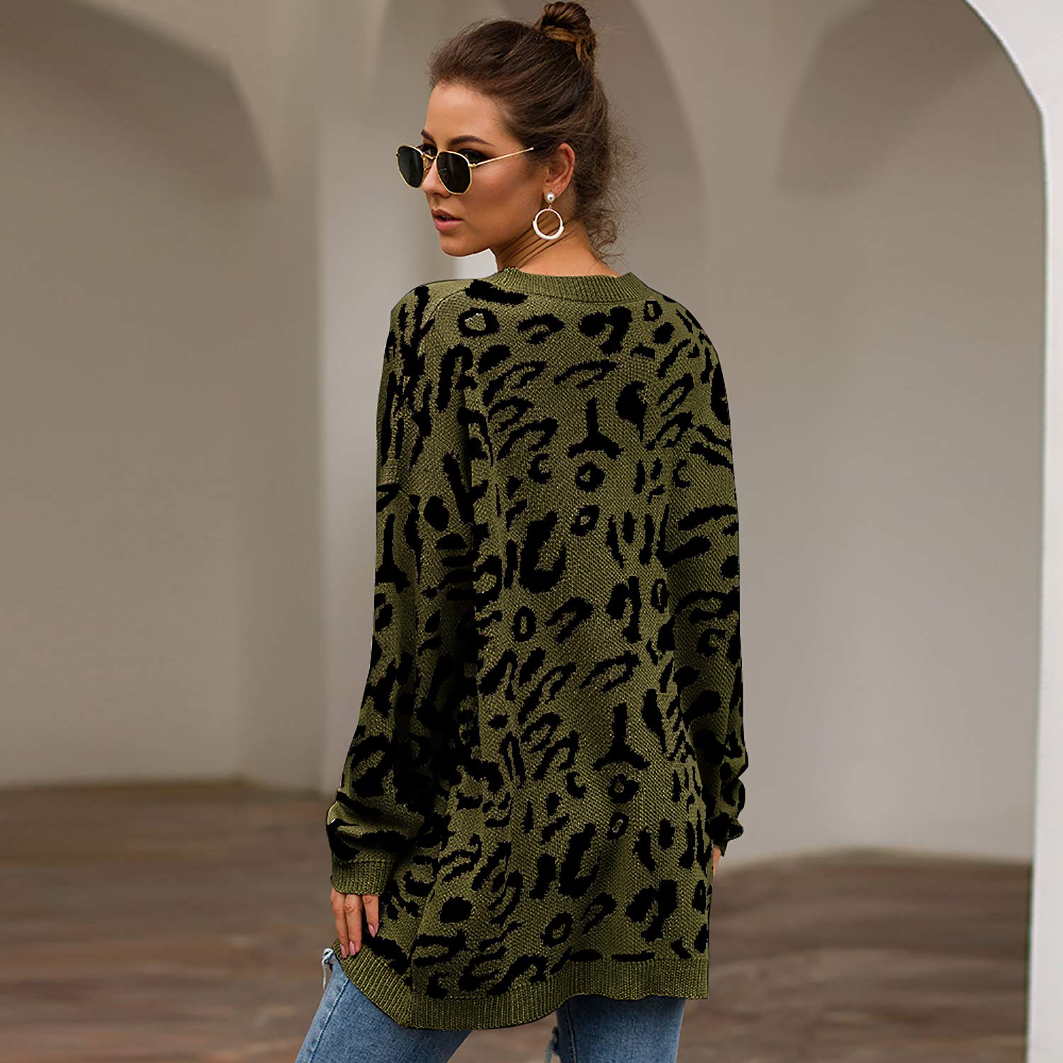 ECOWISH Womens Oversized Leopard Print Sweater Long Sleeve Casual Camouflage Print Knitted Jumper Pullover Sweatshirts Tops